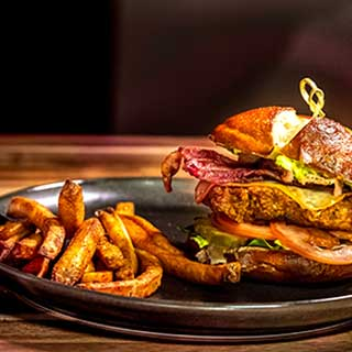 cantina burger2